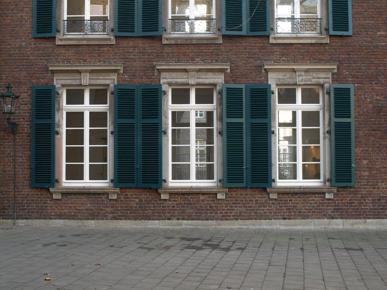 Building_Texture_A_P1179336
