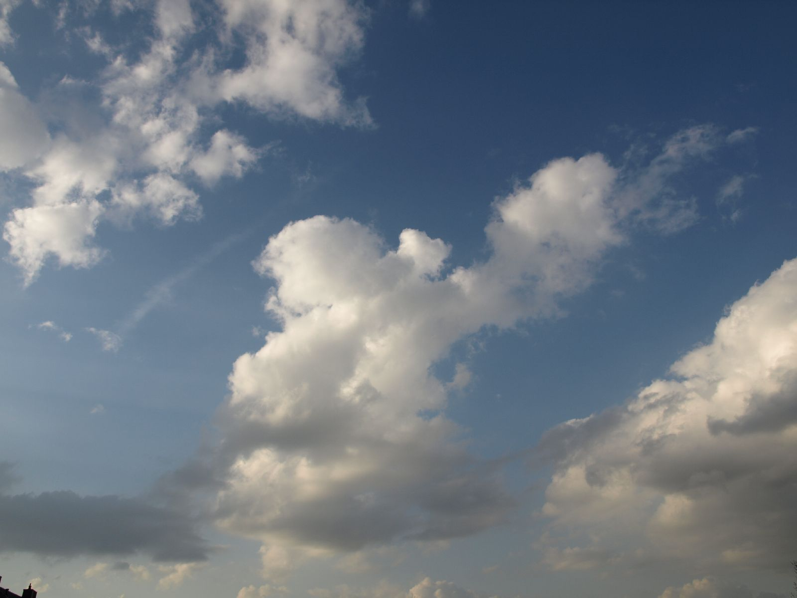 Sky_Clouds_Photo_Texture_A_P4120940