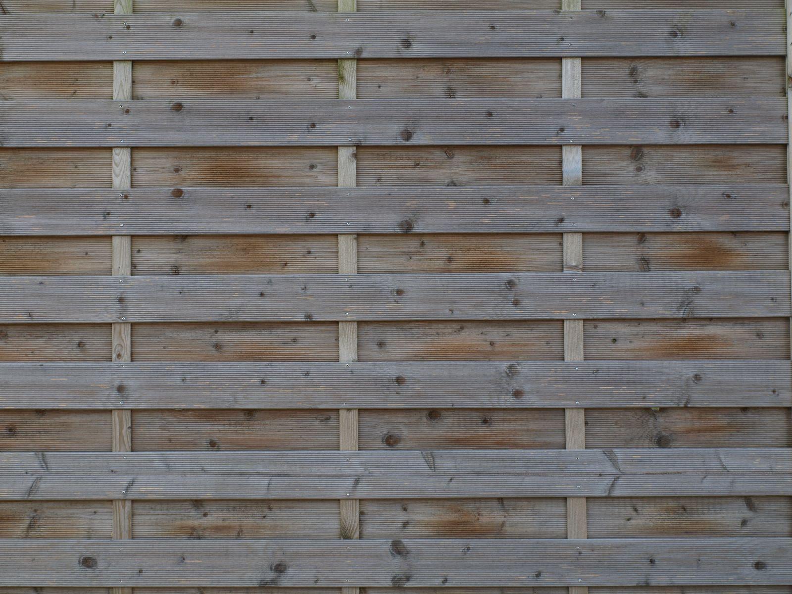 Wood_Texture_A_P6143360